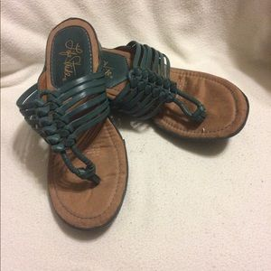 Pair Excellent Strappy LIFE STRIDE Thong Sandals